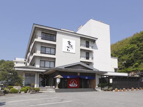 吉良観光ホテルの外観