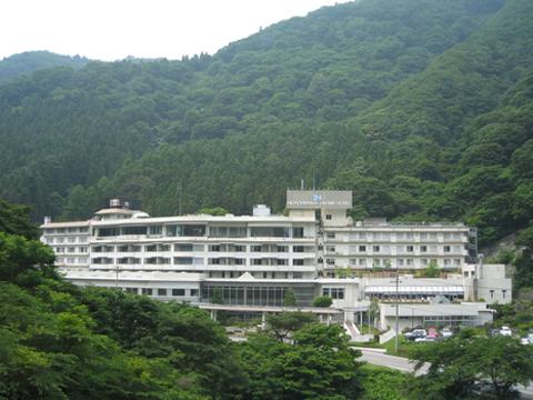 東山グランドホテルの外観